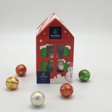 Kersthuis Small met 28 kerstbollen +/- 336g